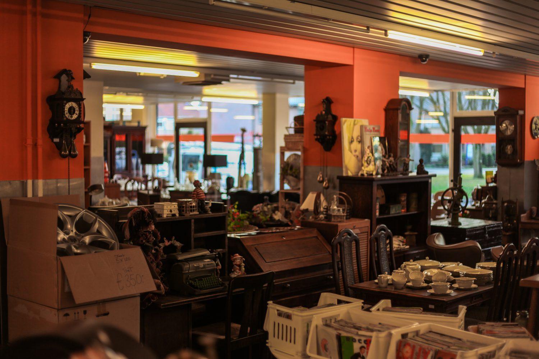 Onze winkel de vries uw specialist in het noorden van for 2e hands meubels